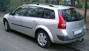 car rental France Renault Megan 1