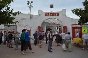 Saintes-Maries-de-la-Mer bullfight arena