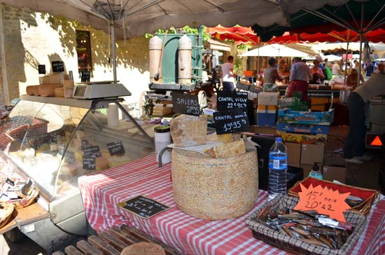 french culture sarlat france market chantel cheese