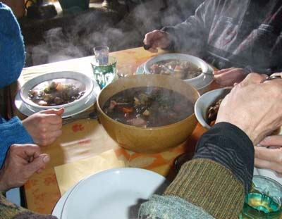 traditional french foods potee auvergnate