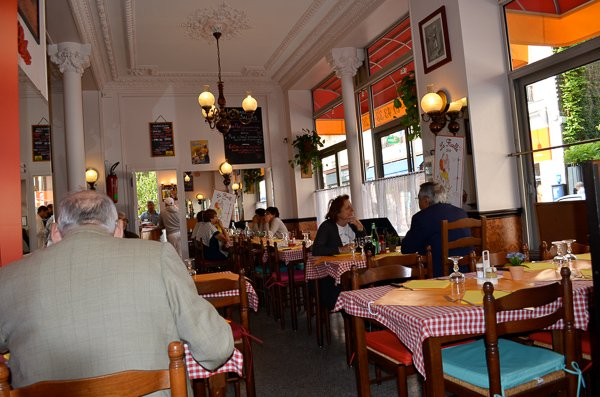 traditional french foods paris